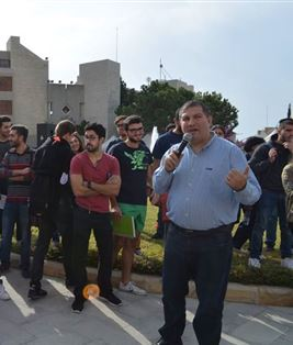 Car Crash Simulation at the Lebanese American University – Jbeil